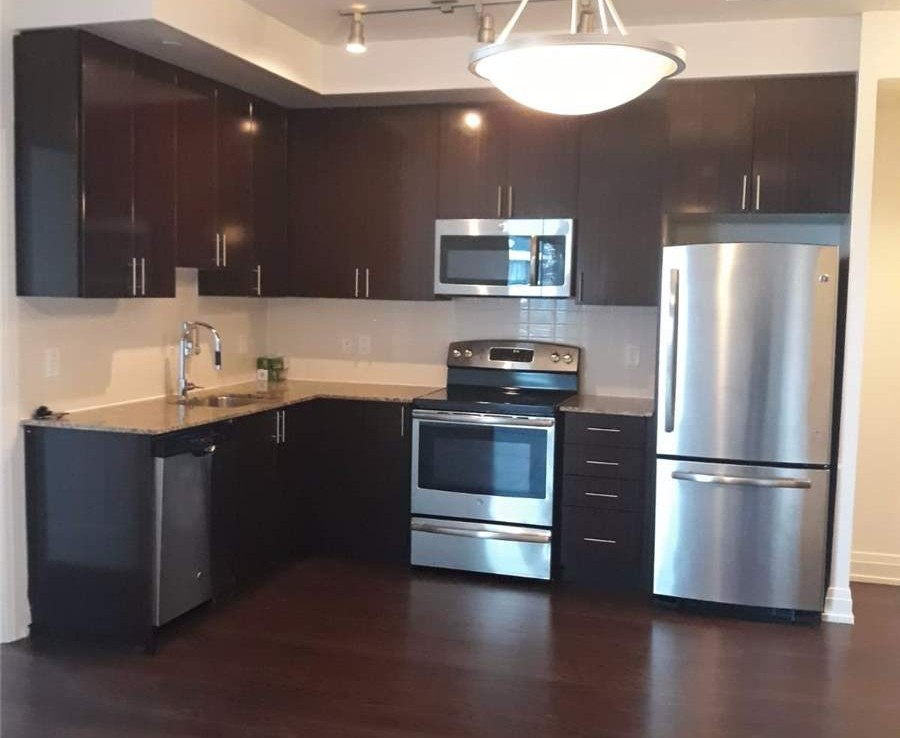 N4390703 6 900x738 - Sale Condo in World On Younge-2 rooms-