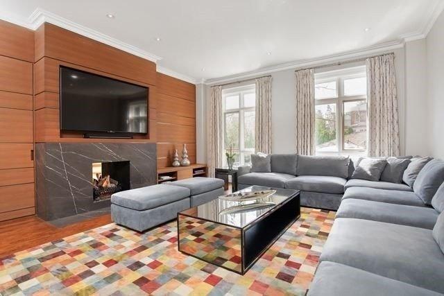 C4400975 10 - فروش خانه لاکچری در Highland Cres تورنتو