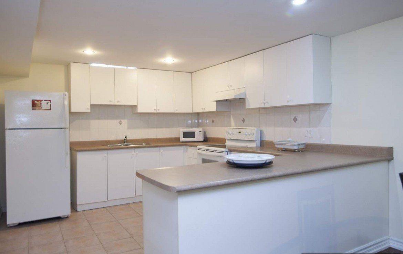 N4366614 4 1170x738 - 2 Bedrm Lower Unit Apartment On A Fabulous Area
