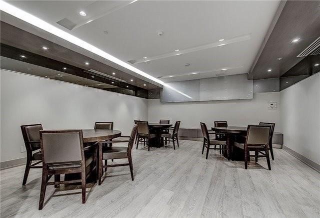 N4408632 12 - Rent-World on Yonge-1 room