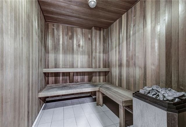 N4408632 14 - Rent-World on Yonge-1 room