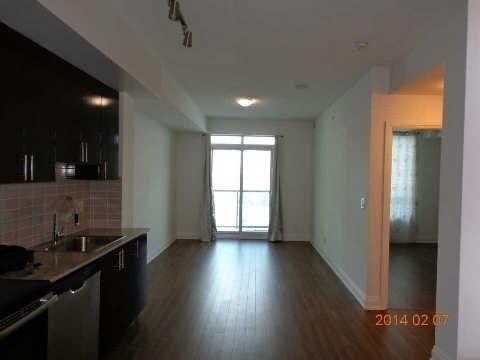 N4408632 2 - Rent-World on Yonge-1 room