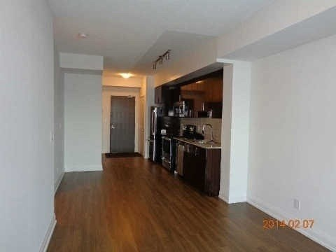 N4408632 3 - Rent-World on Yonge-1 room