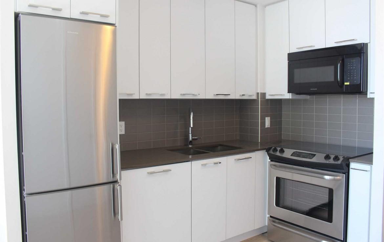 N4477136 11 1170x738 - Sale-1 bedroom Condo-RichmondHill