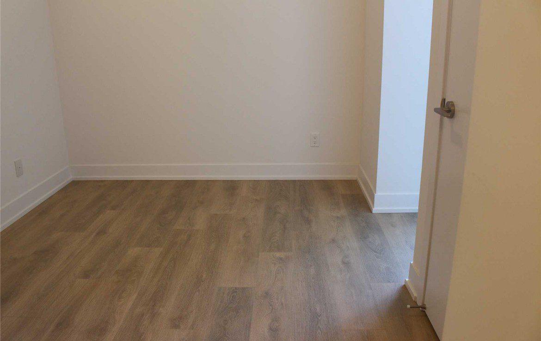N4477136 14 1170x738 - Sale-1 bedroom Condo-RichmondHill