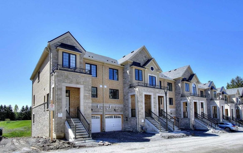 N4479634 2 1170x738 - Rent-New town house-richmondhill