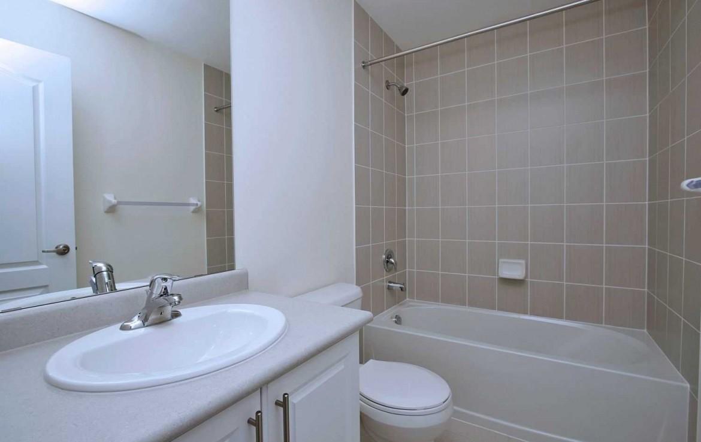 N4479634 20 1170x738 - Rent-New town house-richmondhill