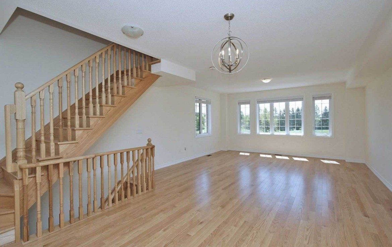 N4479634 4 1170x738 - Rent-New town house-richmondhill