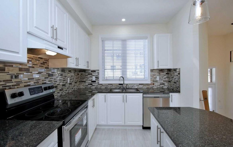N4479634 9 1170x738 - Rent-New town house-richmondhill