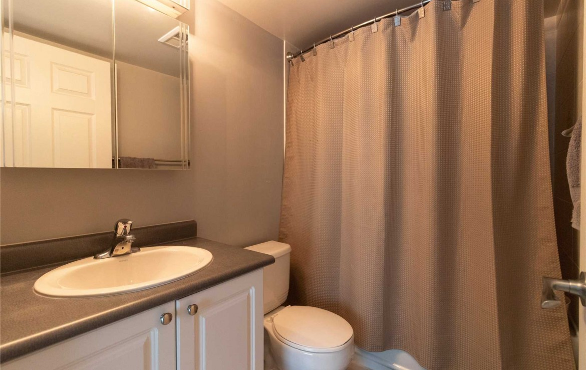 N4494318 16 1170x738 - 2rooms condo richmondHill-utility include -2400 monthly