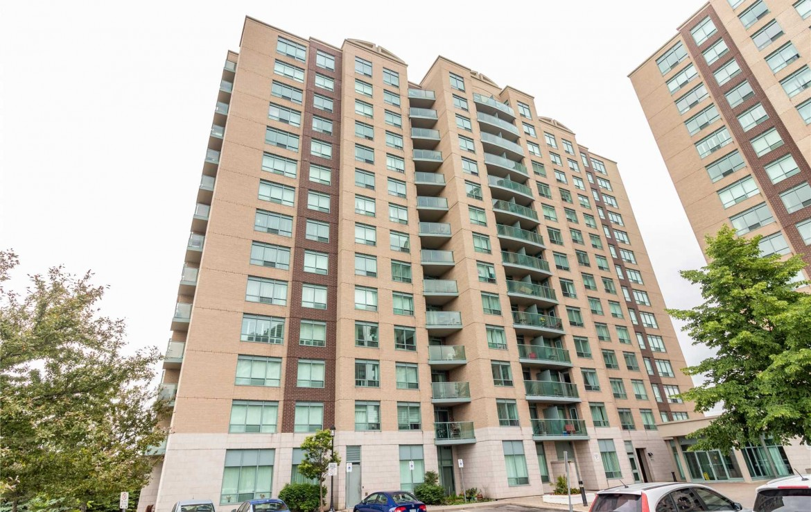 n4494318 1 250x250 1170x738 - 2rooms condo richmondHill-utility include -2400 monthly