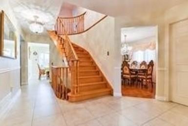 N4599939 2 1 385x258 - Rent House-Weldrick Richmondhill- code:2296