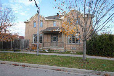 N4627089 385x258 - Code3016-Rent Semi Detached House-Markham