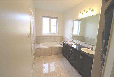 N4628271 12 385x258 - code3013-Rent House -Markham