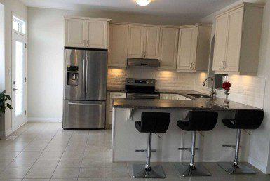 N4628295 8 385x258 - code3010-Rent Detached House Aurora