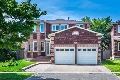 N4606639 385x258 - Code 34512-Rent luxury House -RichmondHill