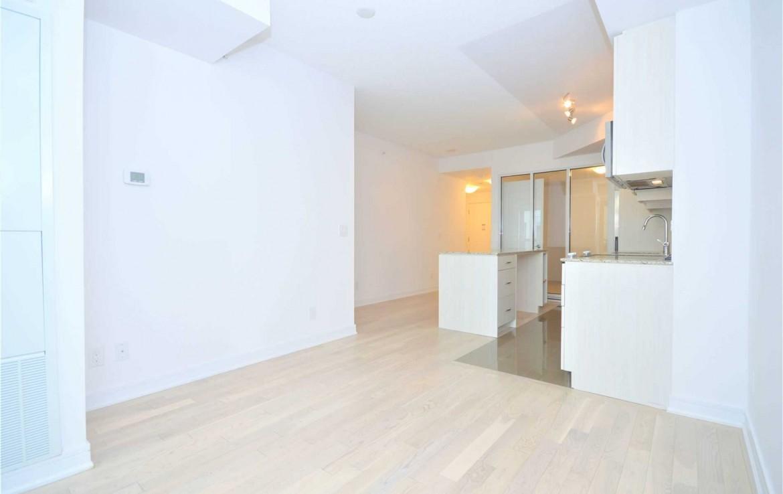 N4667065 5 1170x738 - -RICHMOND HILL-CODE34510-Rent 2 Bedroom Condo