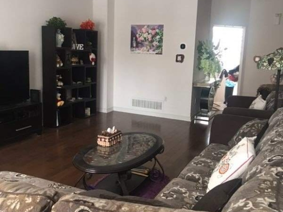 Rent condo Townhouse N5099156